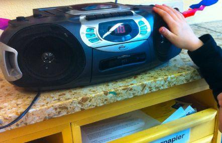 Hand am CD-Player